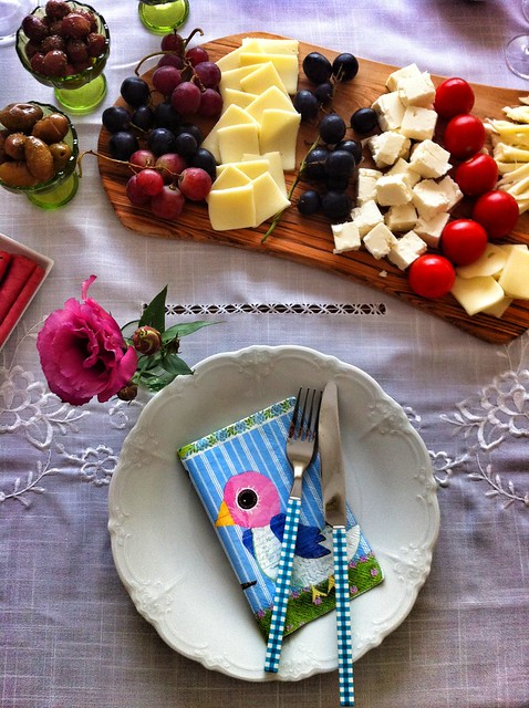 paşabahçe, kahvaltı sofrası, monev, tabak, peçete, esse, çatal, bıçal, sax&co