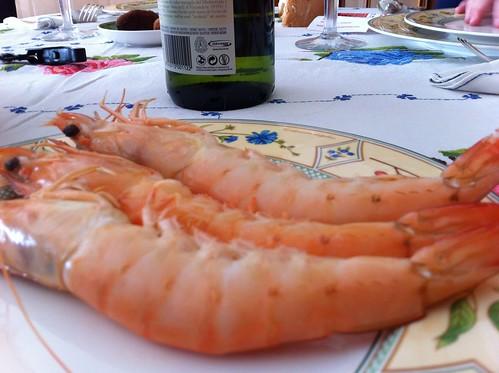 Langostinos de Huelva en el cumple de la AMONA by LaVisitaComunicacion