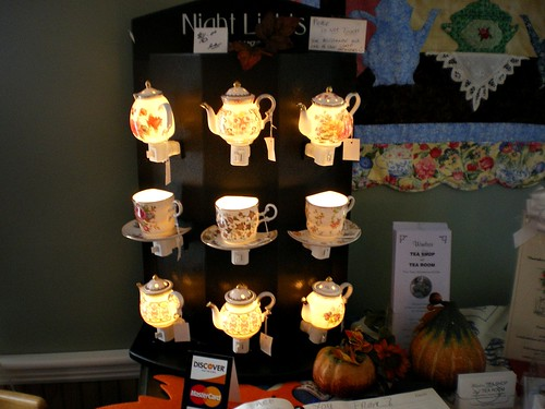 Teatime night lights*