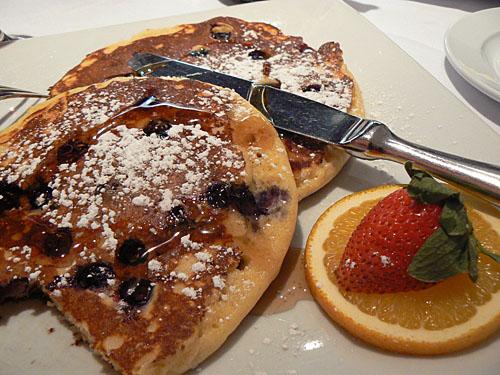 bluberry pancakes.jpg