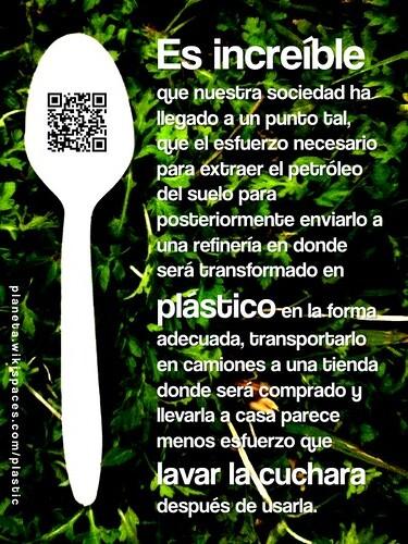 Cuchara de Plástico (Plastic Spoon)