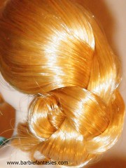 orange(0.0), hairstyle(1.0), chignon(1.0), brown(1.0), yellow(1.0), bun(1.0), hair(1.0), hair coloring(1.0),