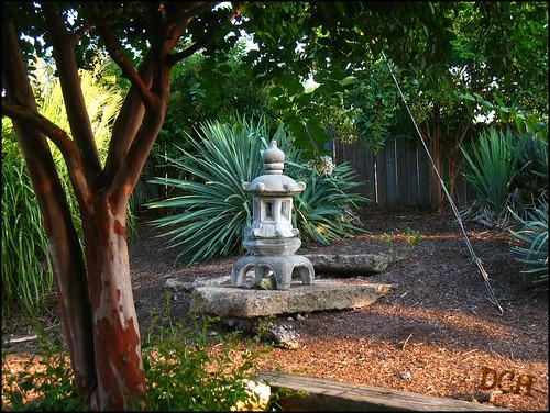 sculpture plants usa tree mississippi garden landscaping corinth zen philscamera gardenornament landscaped pizzagrocery