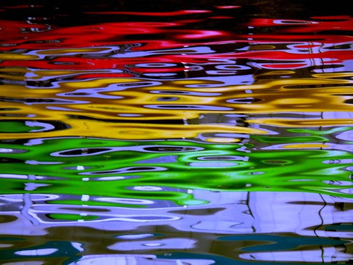 abstract water reflections bay go stop caution wa kayaks gigharbor 1bluecanoe trafficlightcolors