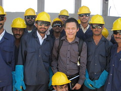 engineer(1.0), construction worker(1.0), hard hat(1.0), person(1.0),