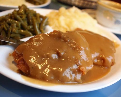 food lunch gravy meal greenbeans cornbread porkchop mashedpotatos danvilleva danview danviewrestaurant