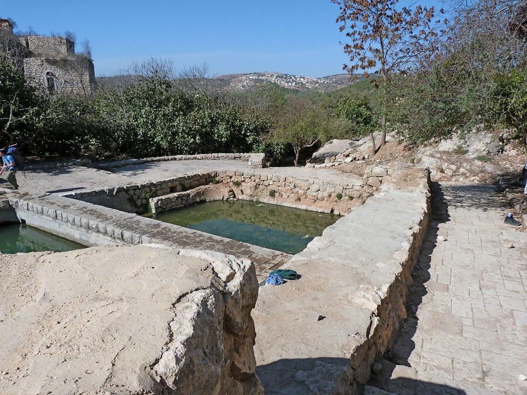 11-11-2011-lifta-mei-naftuah-spring
