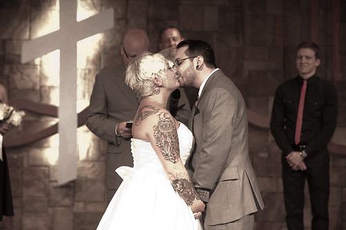 MUUUUAH! Best kiss of our lives!