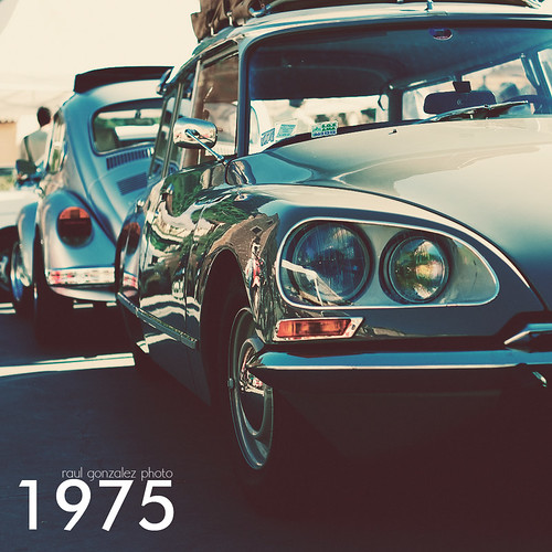 1975. by raul gonza|ez
