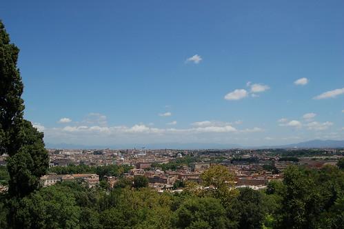 Der linke Teil der herrlichen Aussicht auf Rom vom Giancolo