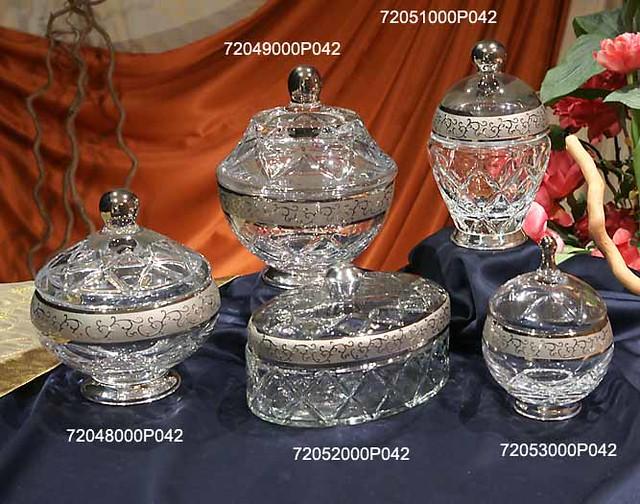 Bomboneras de cristal talladas a mano y decoradas con Artesania gallega regalos