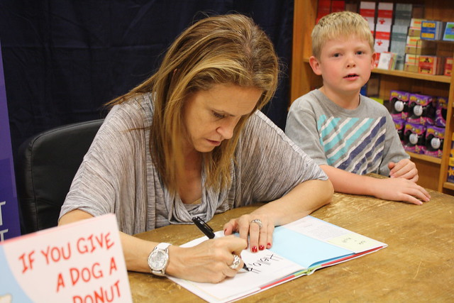 Laura Numeroff - If You Give A Dog A Donut - 11/1/11 | Flickr - Photo ...