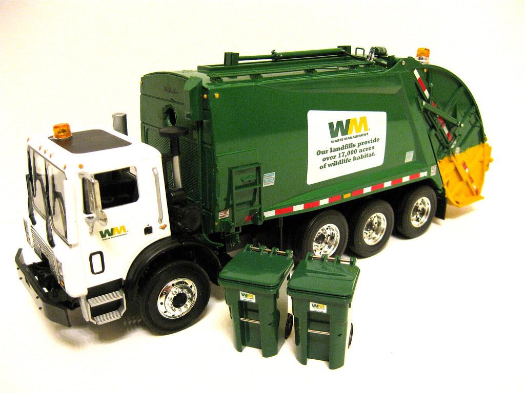First Gear Waste Management Mack Mr Rear Load Garbage