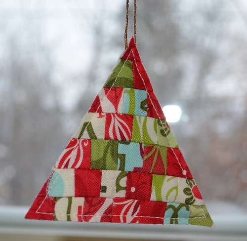 She Can Quilt Today I Made Tree Ornaments And A Tutorial Too