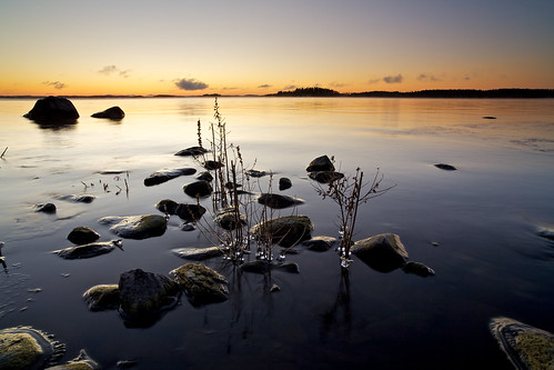 morning lake ice water rock zeiss sunrise suomi finland landscape eos rocks 21 hard filter lee edge nd he filters 06 grad soe f28 kuopio ze graduated density neutral 21mm carlzeiss lakescape gnd canoneos5d platinumheartaward virtualjourney distagont2821 distagon2128ze