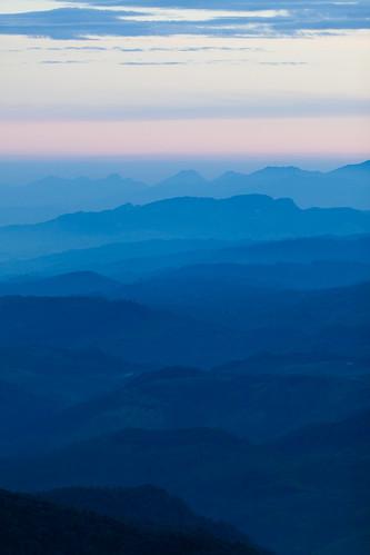 mountain sunrise mount srilanka ceylon adamspeak 日出 morningglow sripada 斯里兰卡 锡兰 亚当峰