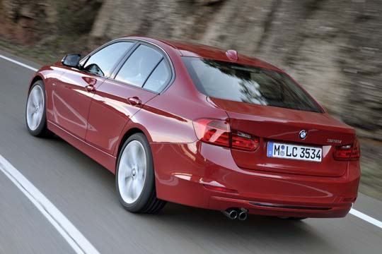 全新BMW 328i Sport Line (14)
