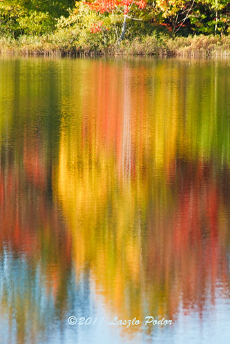 morning red lake canada reflection water yellow sunrise novascotia fallriver lakethomas gettyimagescanada