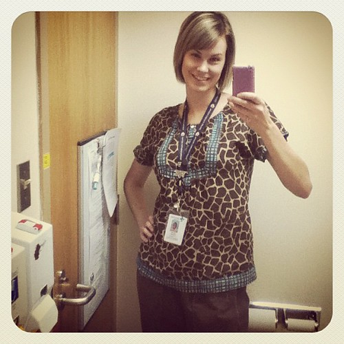 My fave scrub top! Live me some giraffes...if you hadn't already noticed!