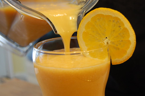 Cantaloupe-Orange Smoothie