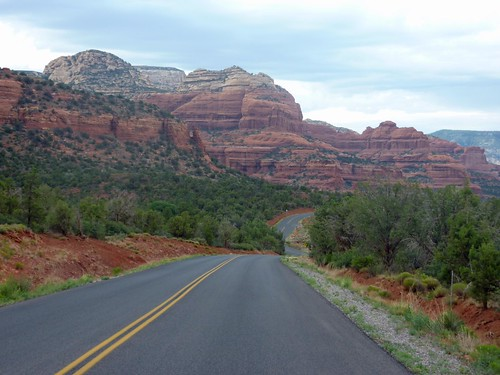 Wide-open highway NW of Sedona (P1040735a)