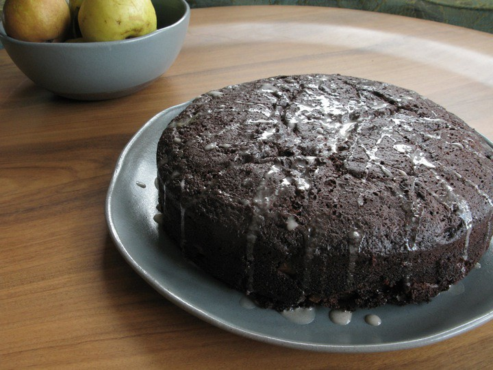 chocolate pear cake 002