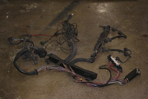 fs e34 m50 non vanos engine harness uncut $100 r3vlimited forums Wiring Harness Connector Plugs at M50 Wiring Harness For Sale