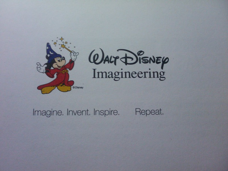 "迪士尼imagineering的口号""Imagine.Invent.Inspire.   Repeat"""
