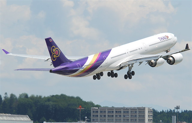 Thai Airways International Airbus A340-642; HS-TNE@ZRH;02.07.2011/602at