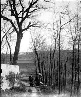 Clément et Gilmer, en montant vers Bélesta, mai 1901
