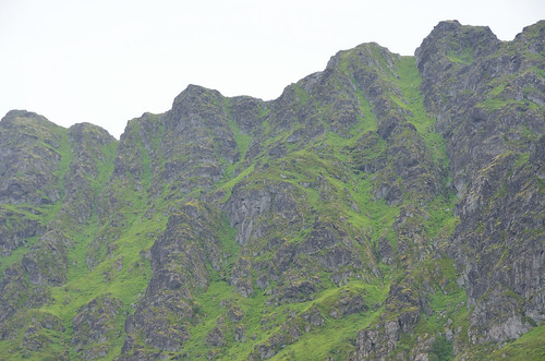 Green and gray peaks