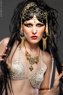 Cleopatra in Wonder