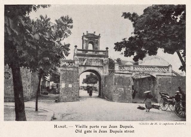 Hanoi - Vieille porte rue Jean Dupuis - Ô Quan Chưởng