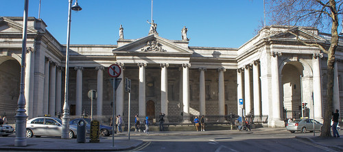 Bank Of Ireland photo
