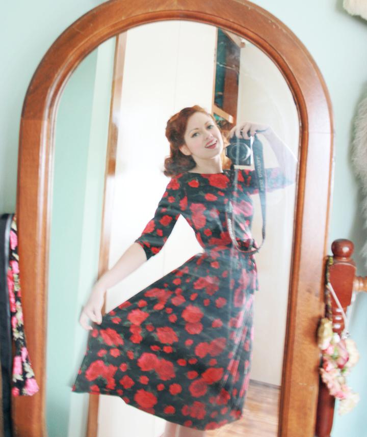 rose dress c