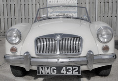automobile, automotive exterior, vehicle, automotive design, mg mga, mid-size car, antique car, classic car, vintage car, land vehicle, sports car,