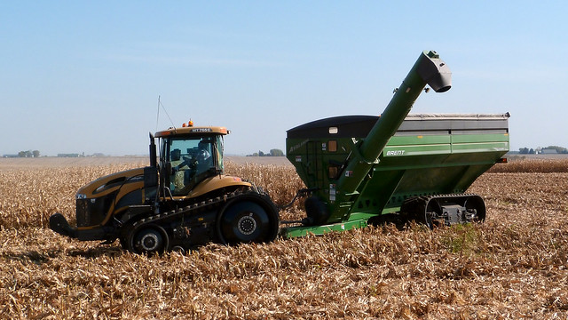 Cat Pulling Wagon : Cat mt c tractor pulling a brent grain cart