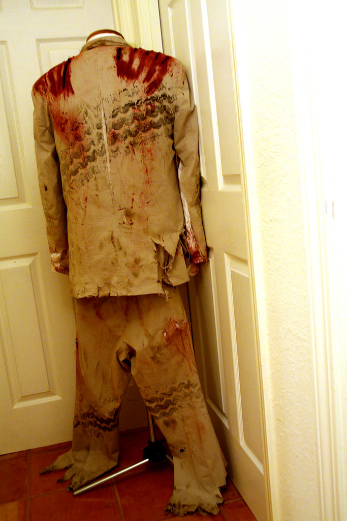 I Want a Zombie Costume: After
