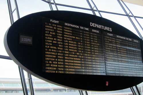NYC - JFK Airport: TWA Flight Center - Departure Board
