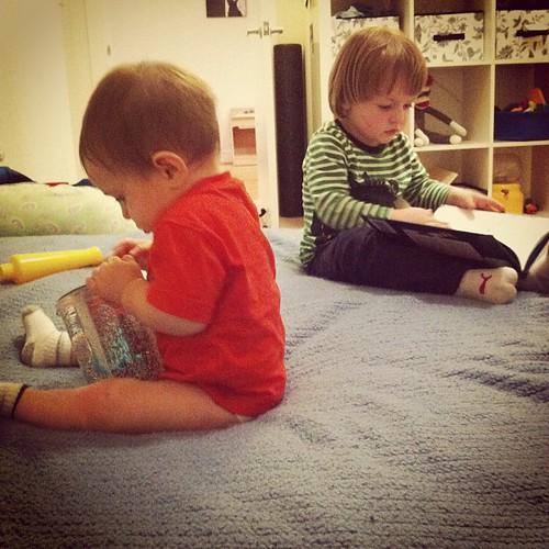 Readin' & Playin'