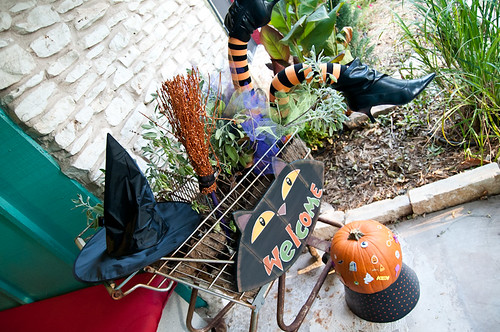 Halloween 2012 Countdown - Witches! - Jennifer Perkins