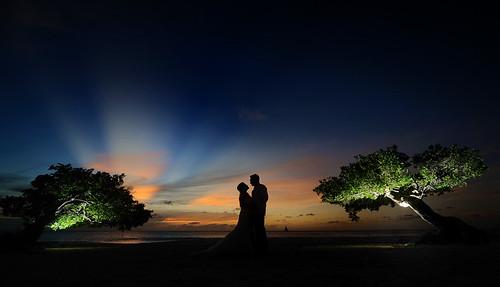 wedding groom bride nikon aruba eaglebeach destinationwedding sigma1224mmf4556 d3s