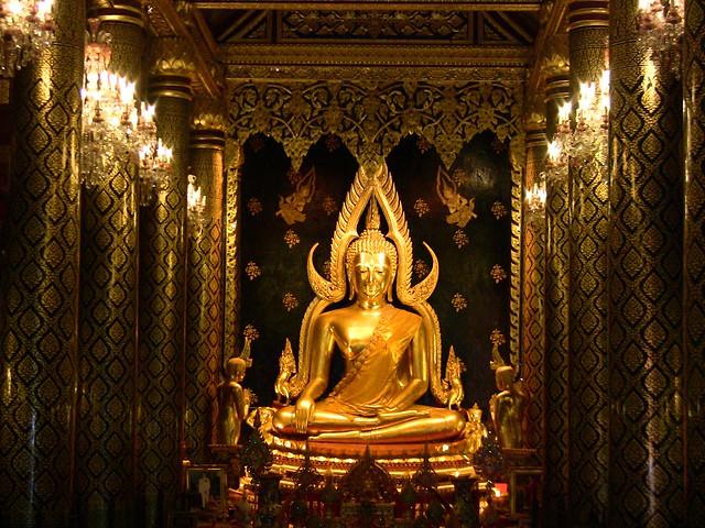 Thailand, Phitsanulok ,Buddhastatue im Wat Phra Si Rattana Mahathat, eine der schönsten Buddha-Statuen in Thailand,   - 101/1234
