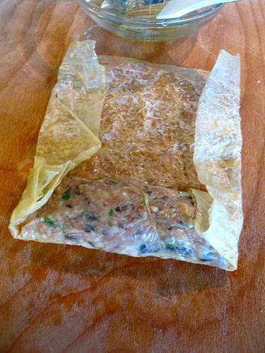 Ngoh Hiang Fried Meat Roll in Beancurd Skin Wuxiang http://singlishswenglish.blogspot.com/