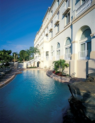 Take advantage of Black Friday 2011 Deals by Hilton Naples