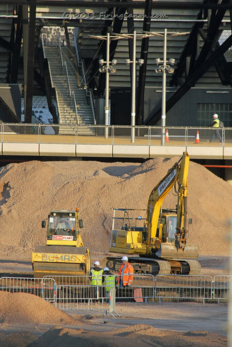 London_Olympic_Stadium_Construction_Vehicle_300mm_0227