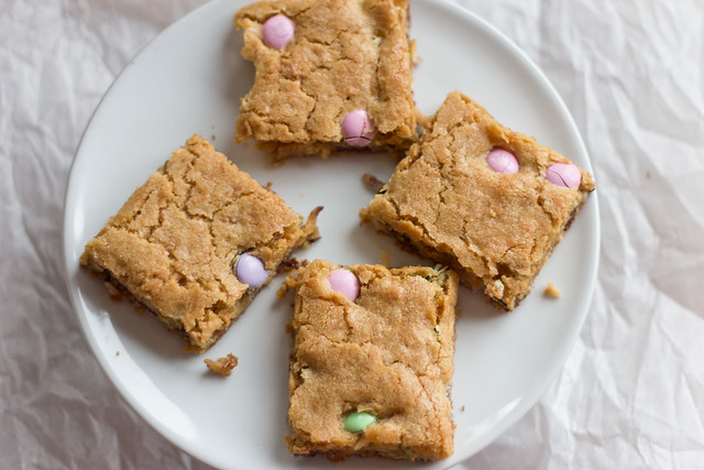 Coconut Dark M&M Blondies