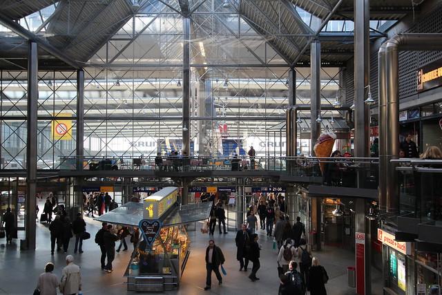 europe travel guide germany munich train station hauptbahnhof