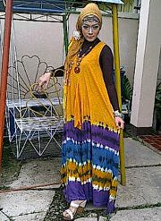 ratna in wingdress tiedye