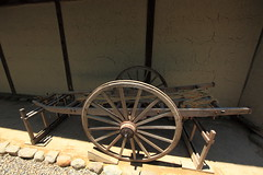 Two-wheeled cart / 大八車(だいはちぐるま)
